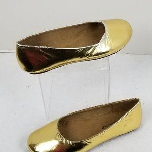Other - NWOT Little Girls Gold Ballet Flat